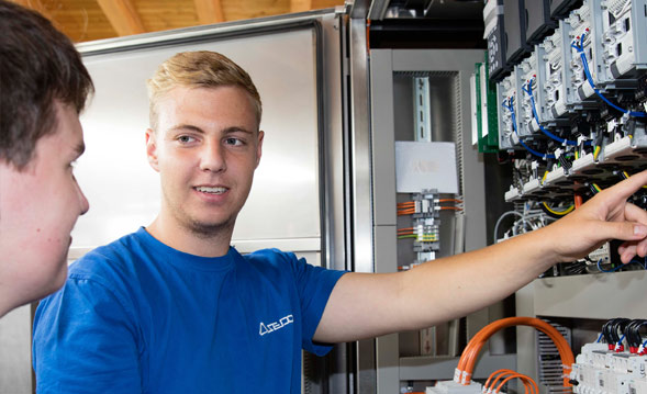 Ausbildung Elektroniker bei ASEDO in Dombühl
