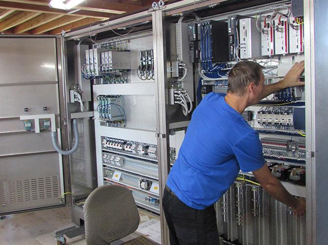 Elektroniker / Elektriker (w/m/d)