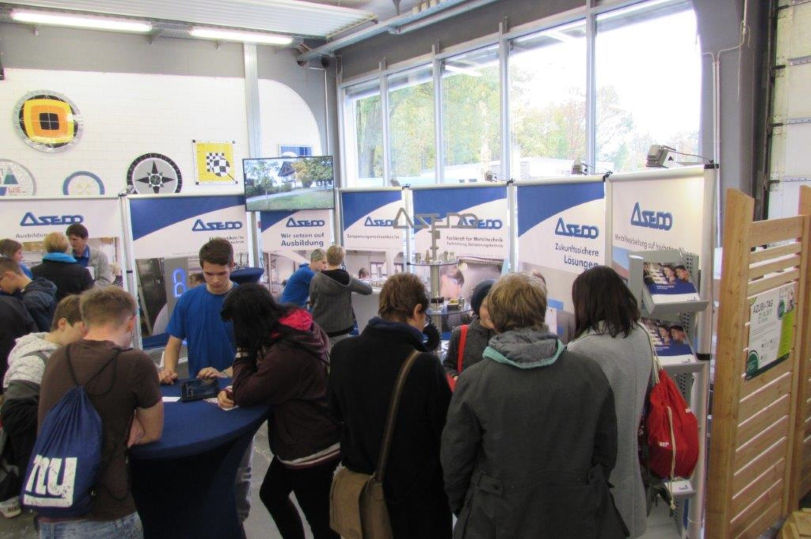 1800 Schüler bei Interfranken-Ausbildungsforum